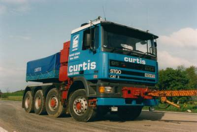 sarens-curtis-daf95-8x4-with-ballastbox